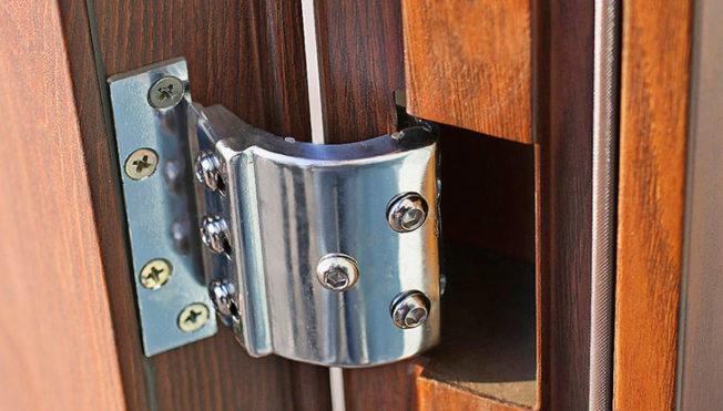 Купить петли для ворот и дверей в Крыму